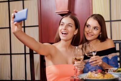 Raddoppiano i consumatori di vino bio, preferito dai millennials